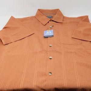 Van Heusen Boy's 14-14 1/2 S/P Classic fit shirt